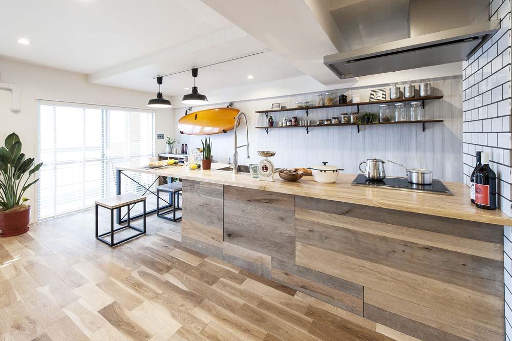 海風を感じるリノベーションでカリフォルニアテイストを愉しむの部屋 ダイニングキッチン2
