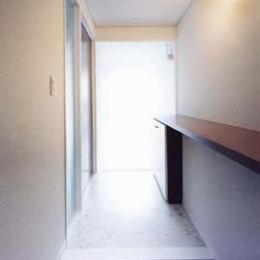 カーサ・フォレスタ (room-玄関(撮影:Katsuaki Furudate))