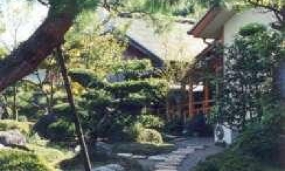 庭の飛び石|坂東邸