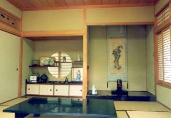 坂東邸の部屋 和室8帖-床の間