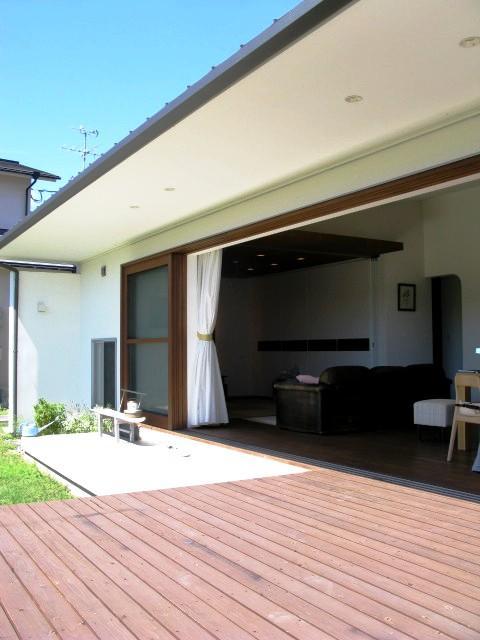 陽だまりの舎の部屋 開放的なテラス1