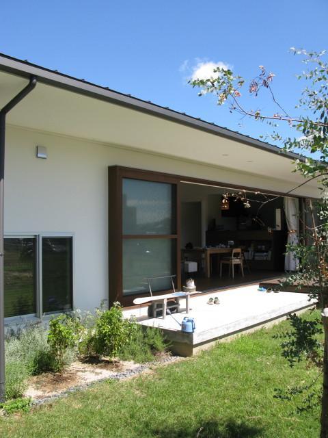 陽だまりの舎の部屋 開放的なテラス2