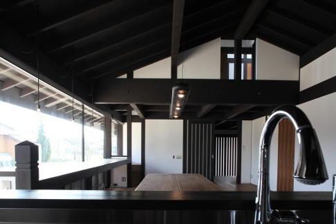 木更津の家の写真 キッチンからリビングダイニングを眺める