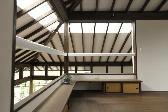 矢野友之「大屋根の家」