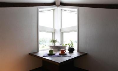 窓際スペース|大屋根の家