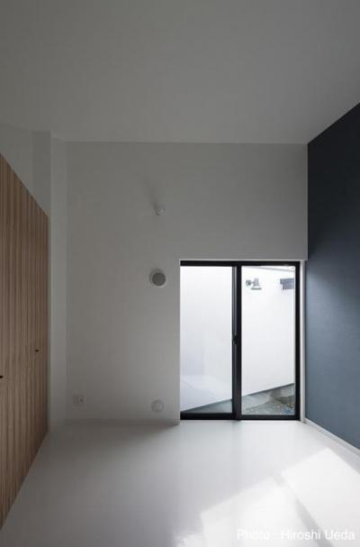 寝室 (ハコノオウチ06・屋上バルコニーのある家)