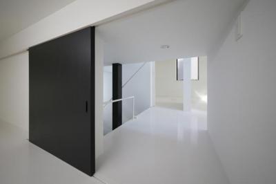 床下納戸 (ハコノオウチ06・屋上バルコニーのある家)