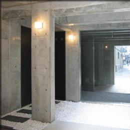 乾御門の見える家 (玄関ホール)