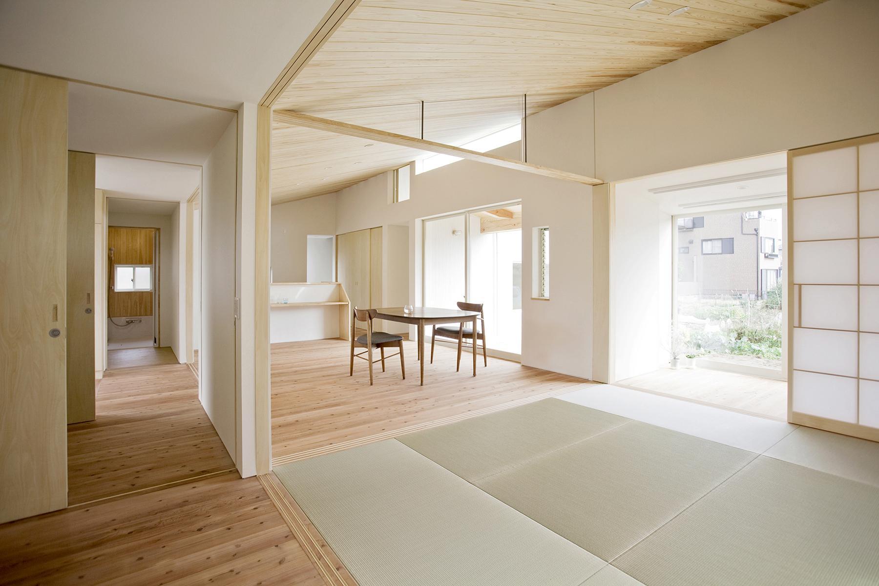 江南の住宅の部屋 一続きの空間