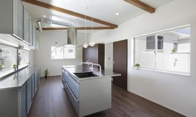 ロの字の家 (キッチン)