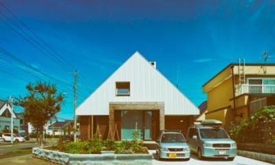 手稲の三角 (01外観正面)