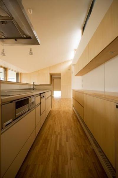 柏林台の家 (07キッチン)