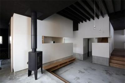 西岡の家 (05リビング1)