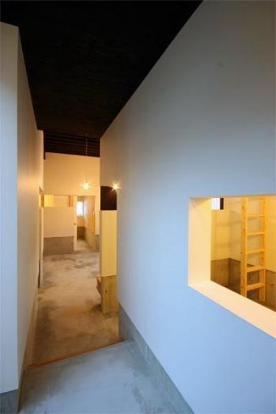 西岡の家 (10廊下)