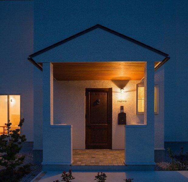 住宅作品1の部屋 玄関-外観(撮影:石井紀久)