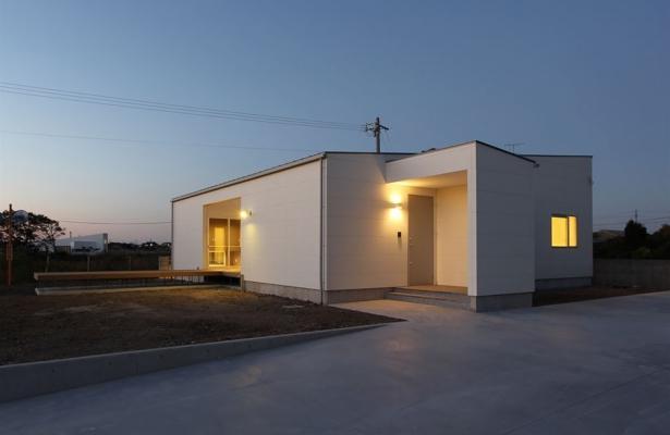 K4-House (白い外観2)