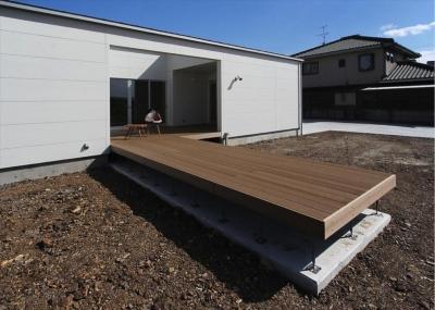 K4-House (ウッドデッキテラス)