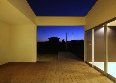 テラス-夜景 (K4-House)