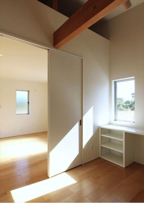 K4-Houseの部屋 光の集まるワークスペース
