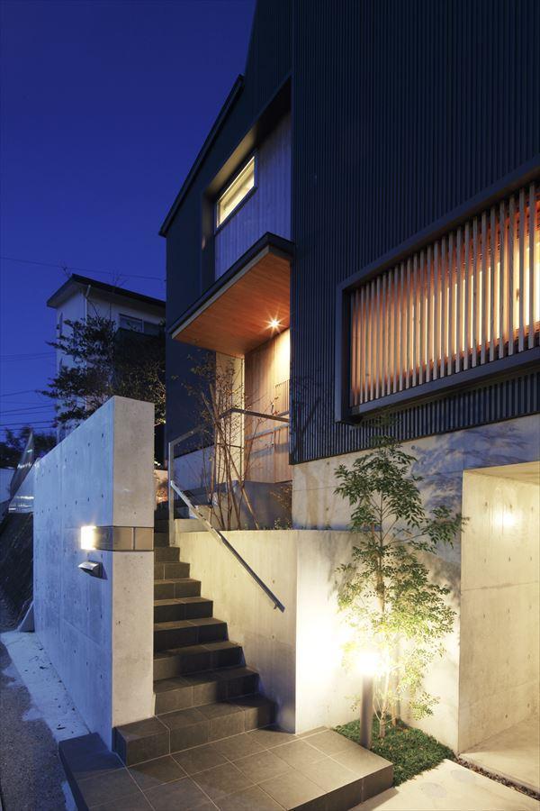 ソラノコトバの部屋 外観-夜景(撮影:Studio Ba-Tsu)