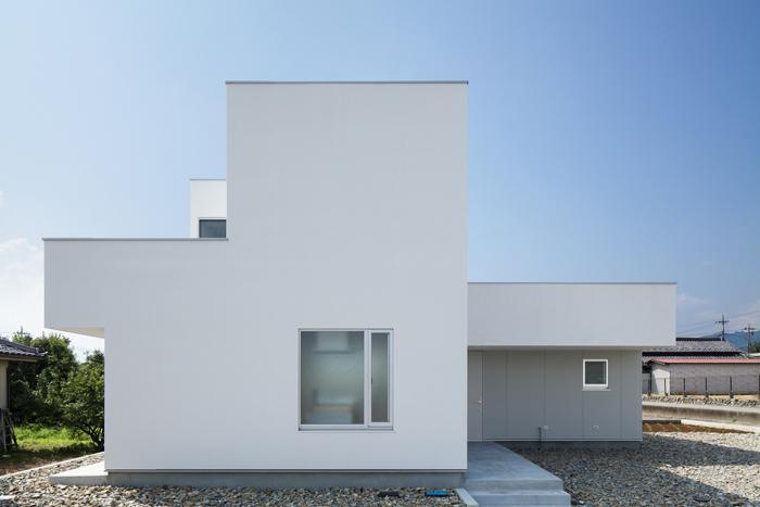 ループ&ループ_戸建住宅の部屋 外観-正面(撮影:Makoto Yasuda)