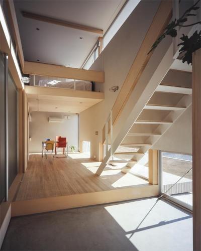 おおつ野の家 (明るい玄関(撮影:Shinkenchiku-sha))
