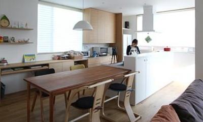 宇ノ気町の家 (ダイニングキッチン・勉強スペース)