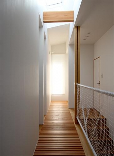宇ノ気町の家 (2階廊下)