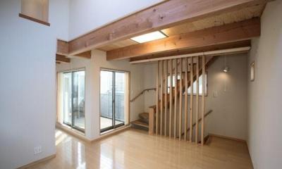 2階リビング(撮影:川北晋夢)|光と風の家