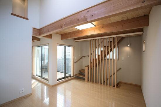 光と風の家の部屋 2階リビング(撮影:川北晋夢)