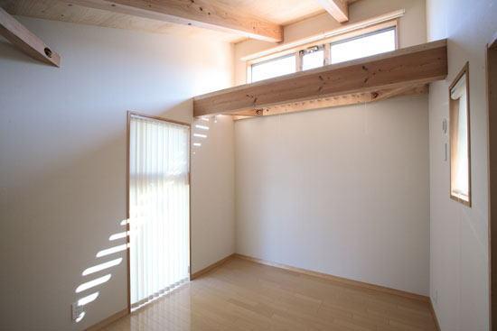 子供部屋内部(撮影:川北晋夢) (光と風の家)
