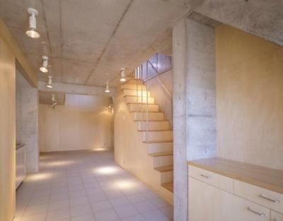 階段(撮影:Satoshi Asakawa) (cabina)