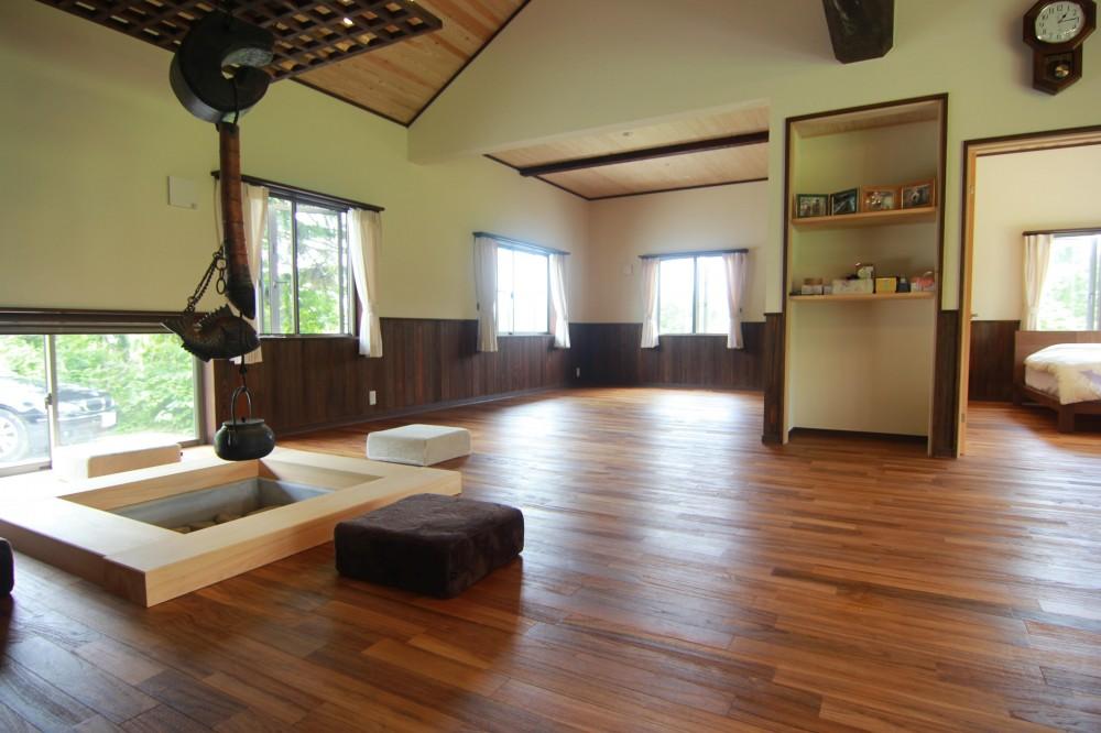 メーカー:無垢フローリングドットコム(床材)「新築・中古戸建て住宅に使用されている無垢フローリング、積層フローリングの施工事例」