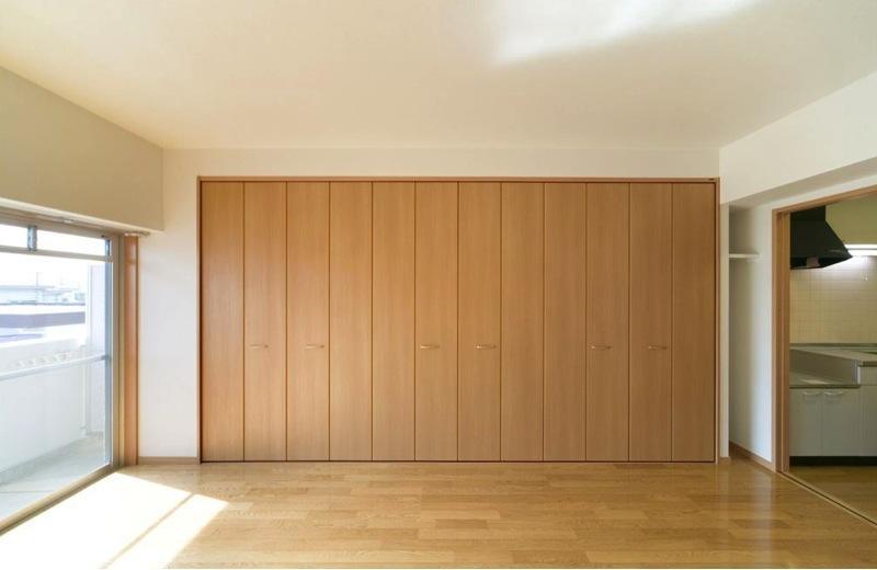 H3-Housingの部屋 約2間幅のクローゼット