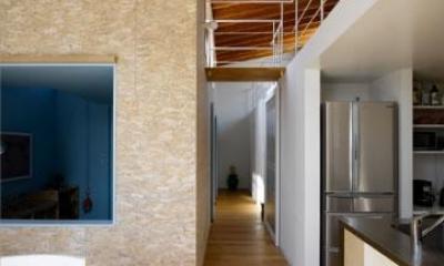 BENTO(ベント) (玄関からリビングにつながる廊下)
