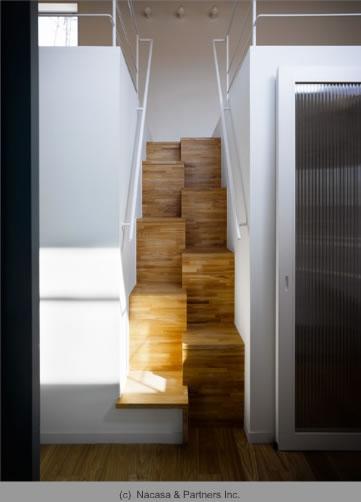 BENTO(ベント) (ロフトに上がる階段)