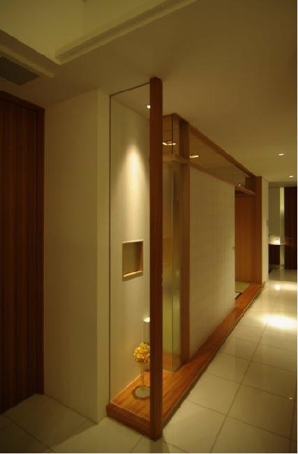 橦木の家の写真 リビング内の和室-入口