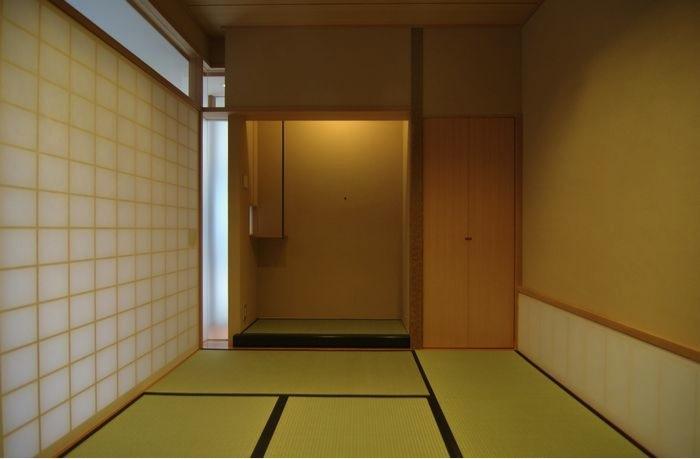 橦木の家の写真 リビング内の和室