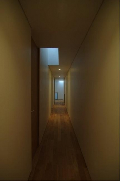 橦木の家 (廊下)
