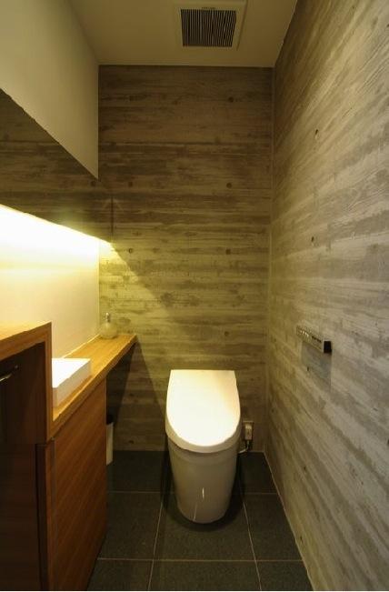 橦木の家の写真 トイレ