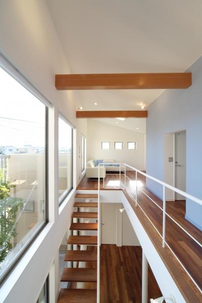川を望む家 (階段)