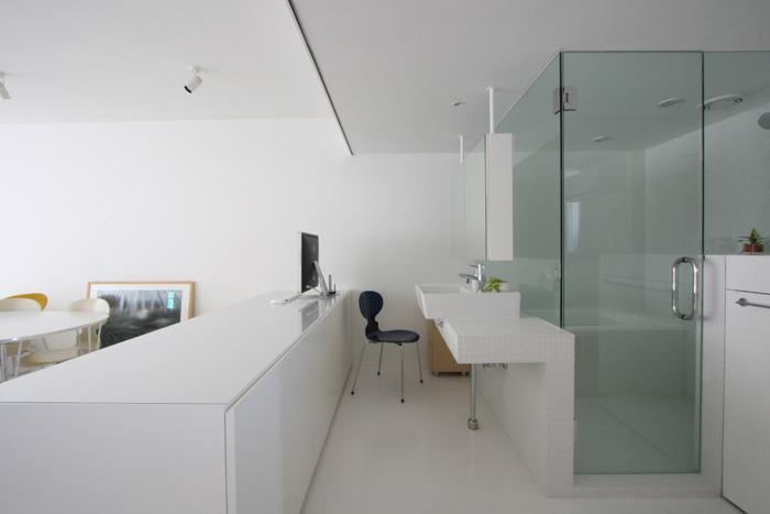 建築家:小泉一斉+千葉万由子「大倉山のマンション_リノベーション」