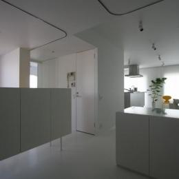 大倉山のマンション_リノベーション (天井に間仕切り用カーテンレール)