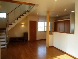 囲みの家 (1階リビング)