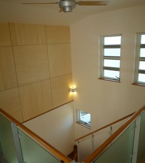 囲みの家の写真 2階から見下ろす
