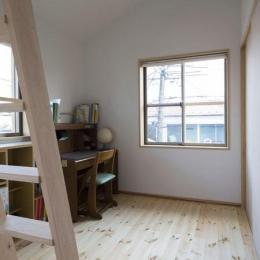 子供部屋(撮影 : 母倉知樹)