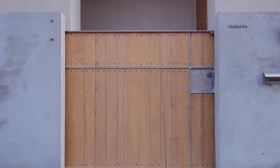 戸手本町の家 ー リノベーション (門扉)
