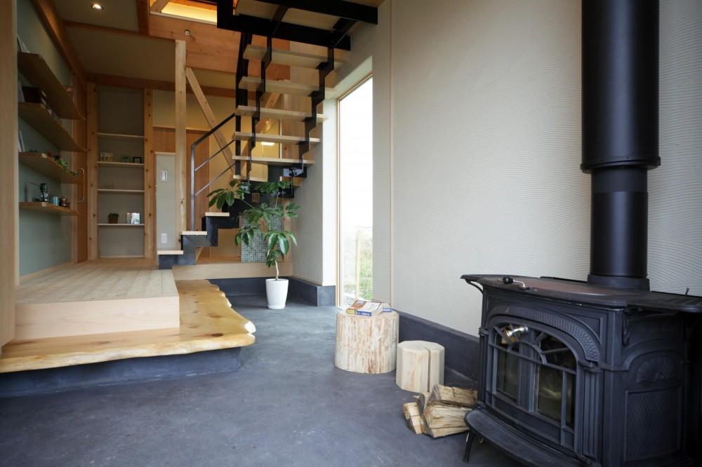 木の家 (玄関土間)