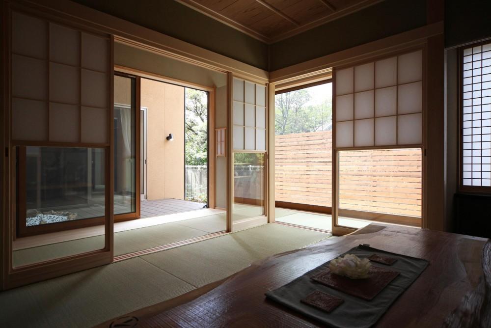 金沢兼六の家 6LDK7人家族4層の家 (二間続きの和室)