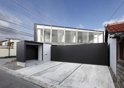 三角プランの家~斜め線で室内と室外に分かれる家~ (外観(撮影:加斗タカオ))